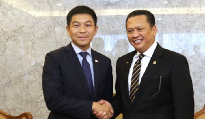 ketua-parlemen-singapura,-he-mr-tan-chuan-jin