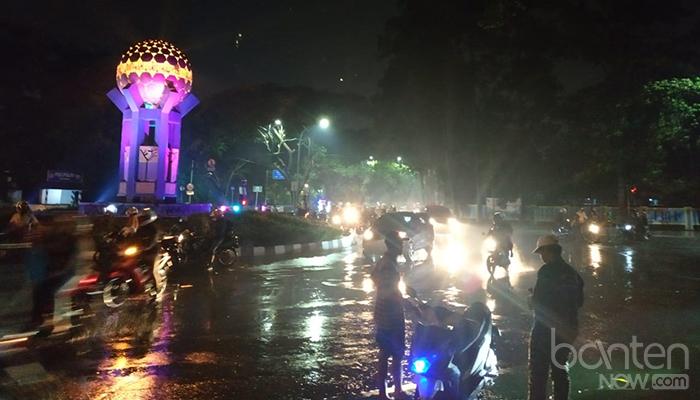 Banjir di Tugu Adipura, Jalan Mochammad Yamin (1)