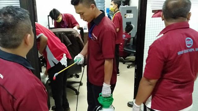 BNN RI Semprot Desinfektan Covid-19