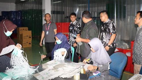 Ditreskrimsus Polda Banten Gerebek Pabrik Produksi Masker Diduga Ilegal