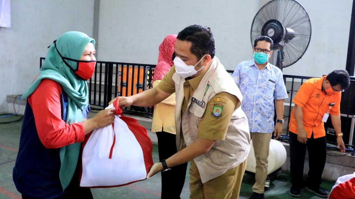 55.066 Warga Kota Tangerang Dapat Sembako