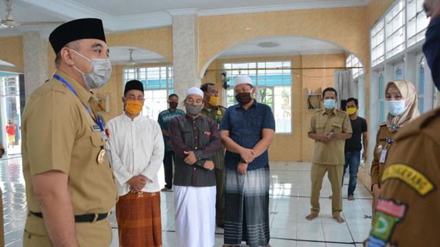 Bupati Zaki Tinjau 3 Masjid di Tigaraksa