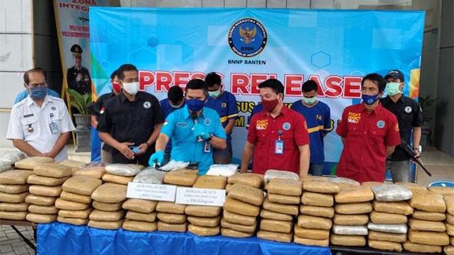 BNN Banten Dapat Tangkapan Kakap, Gagalkan Penyelundupan 289 Kg Ganja