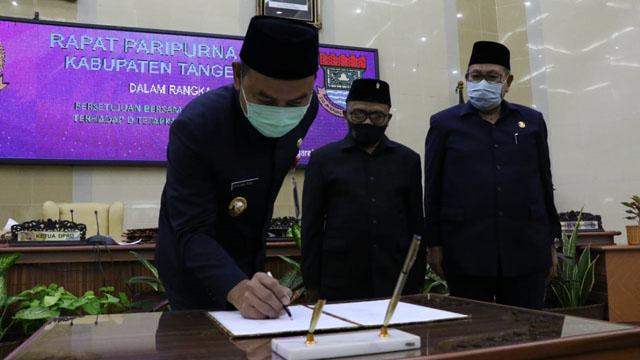 DPRD Kabupaten Tangerang Ketuk Palu Empat Raperda Jadi Perda