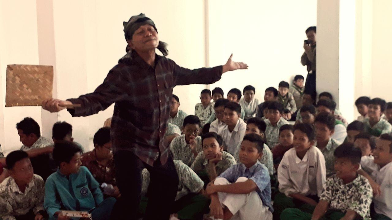 Ramaikan Hari Anak Nasional (HAN) 2020, Budi Euy Luncurkan lagu Aku Suka Dongeng