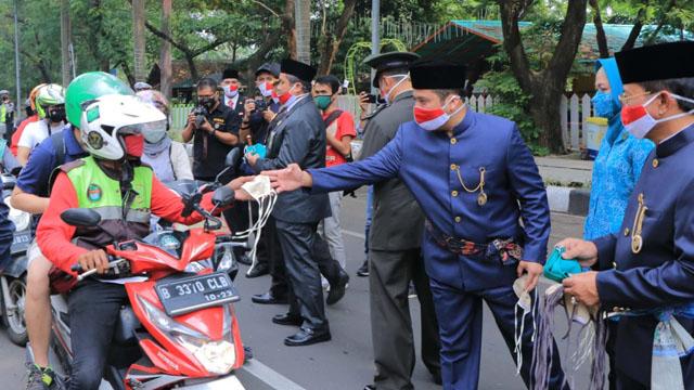 Pemkot Tangerang Bagikan 10.000 Masker di 13 Kecamatan