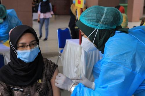 vaksinasi kotq tangerang
