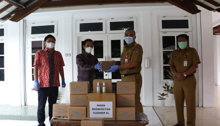 Bantuan Handsanitizer, Desinfektan dan Masker